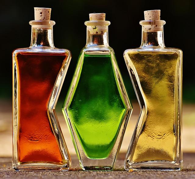 bottles-1640819_640